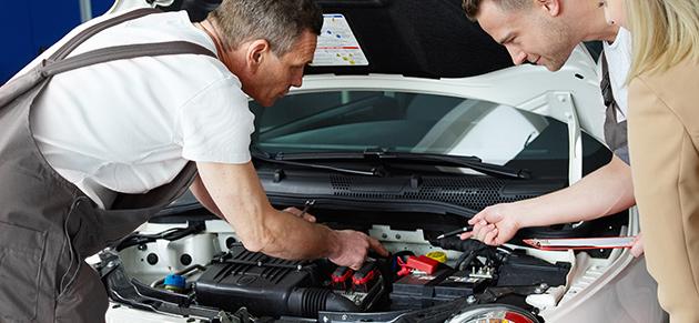 Zeitwertgerechte Instandsetzungen und Reparaturen sind bei uns Voraussetzung und werden auf die Restlebenserwartung Ihres Autos abgestimmt